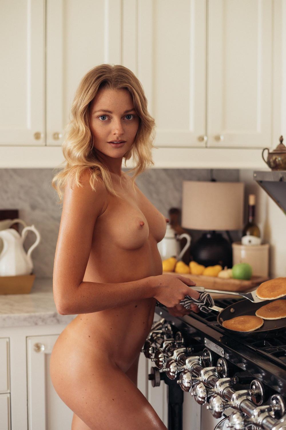Меган Сампери в журнале Playboy