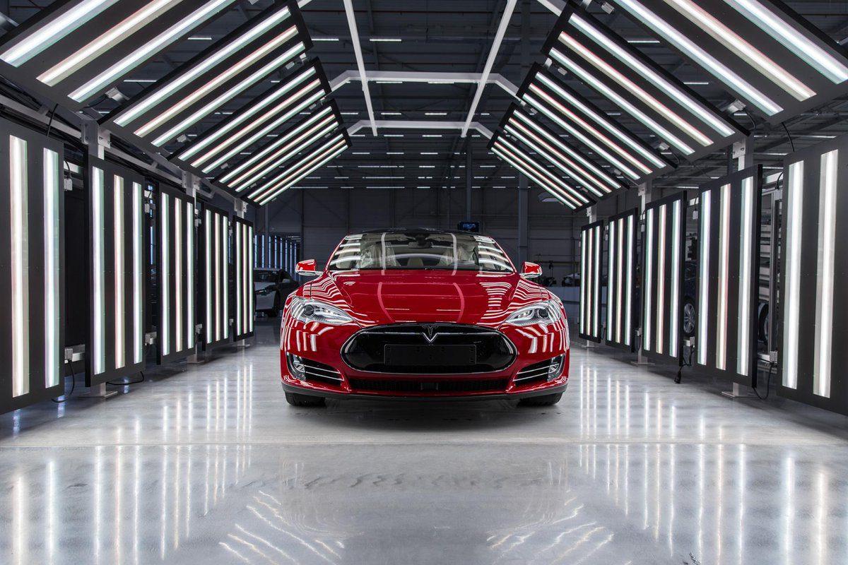 Tesla автомобили автопроизводитель будущее Голландия завод Илон Маск машины Нидерланды производство