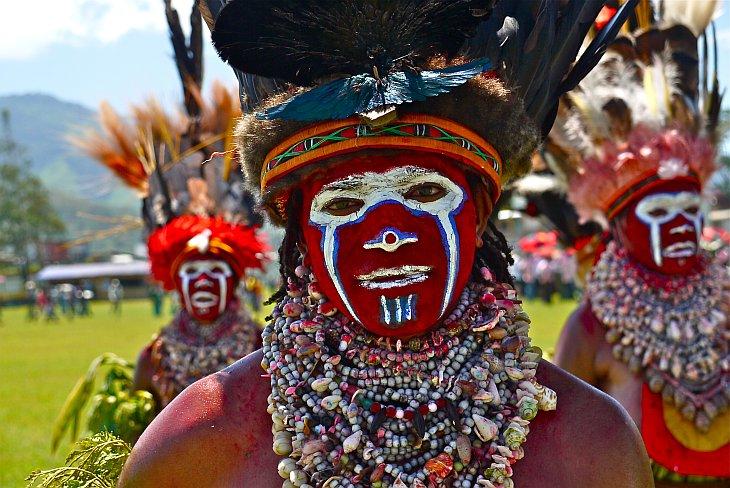 Разноцветные папуасы из Папуа-Новая Гвинея (37 фото)