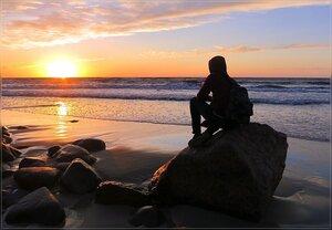 Закат, море...