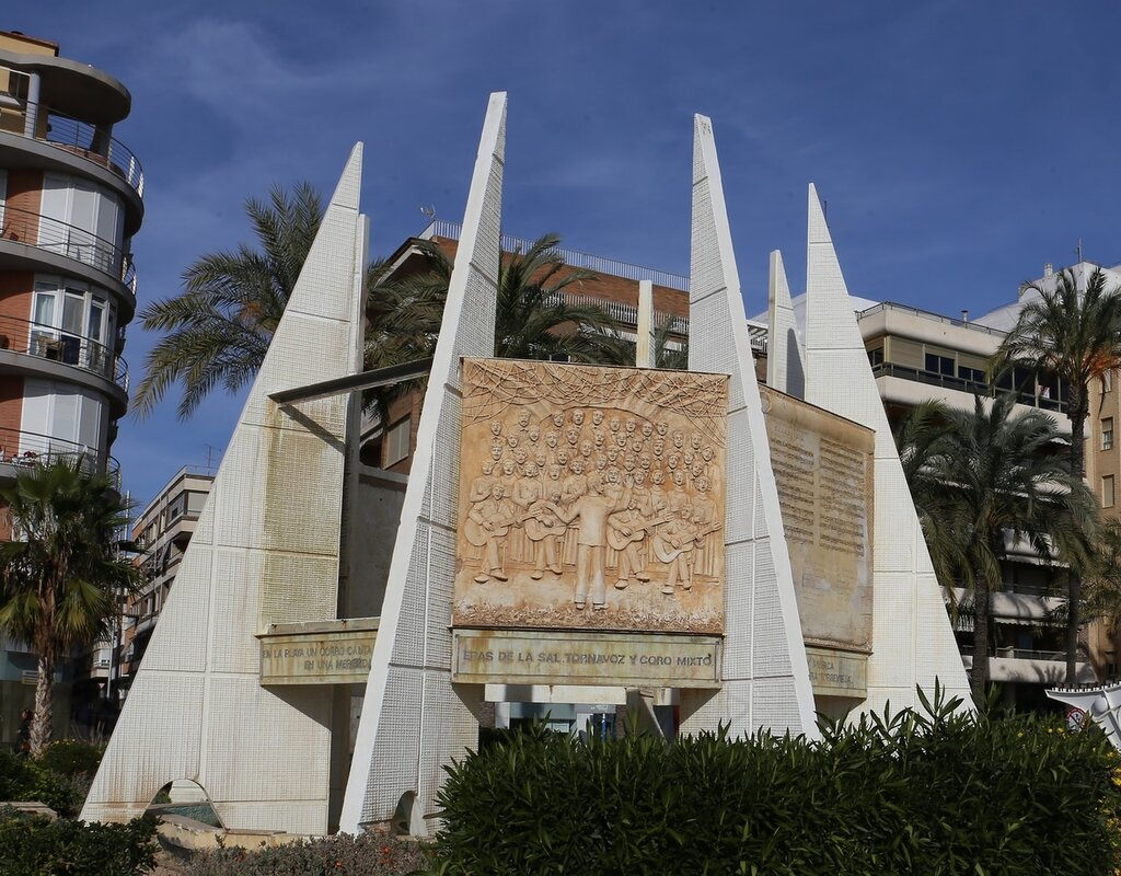 Torrevieja. Monument to Choralists (Monumento al Coralista)