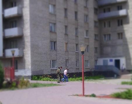 боевики выселяют студентов общежитие 5 вну имени даля общага макдональдс луганск