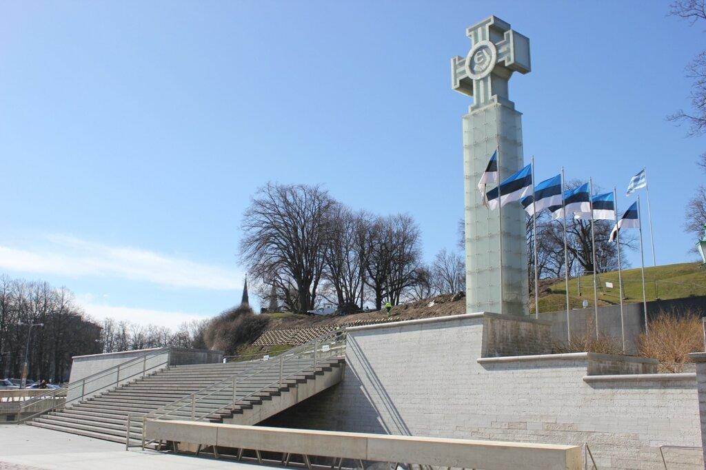 Крест свободы в Таллине