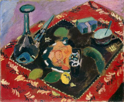 Посуда и фрукты на красно-черном ковре , 1906.jpg