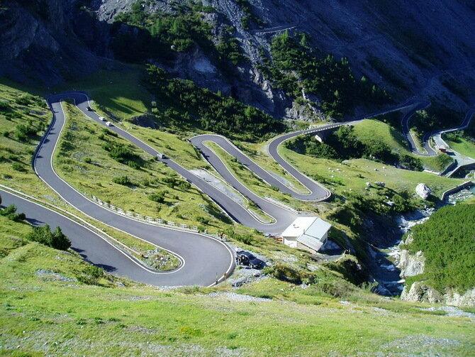 Дорога Стельвио Пасс (Stelvio Pass), Италия