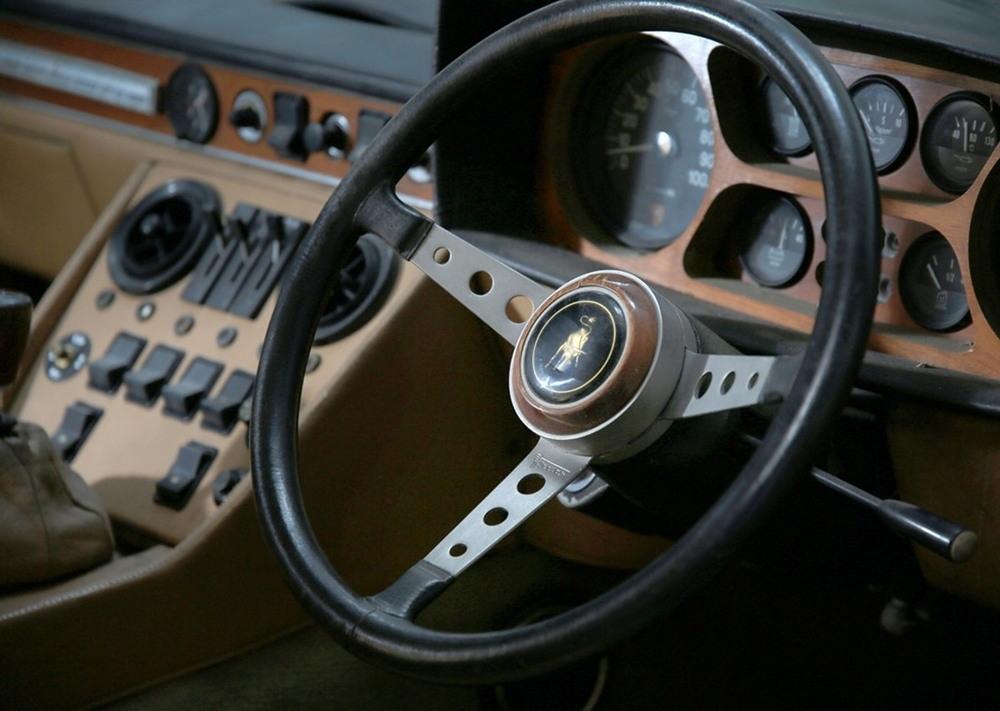 Классический Lamborghini выставлен на продажу за £60 000