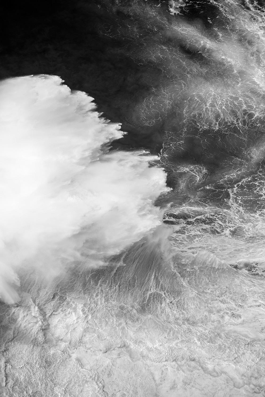 Океанские волны на снимках Люка Шадболта
