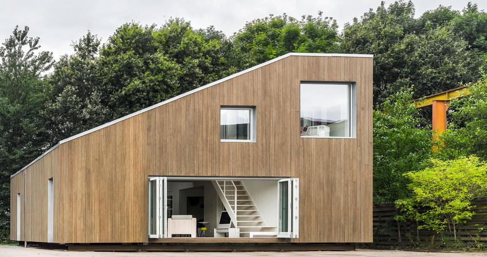 Жилой дом из трех контейнеров