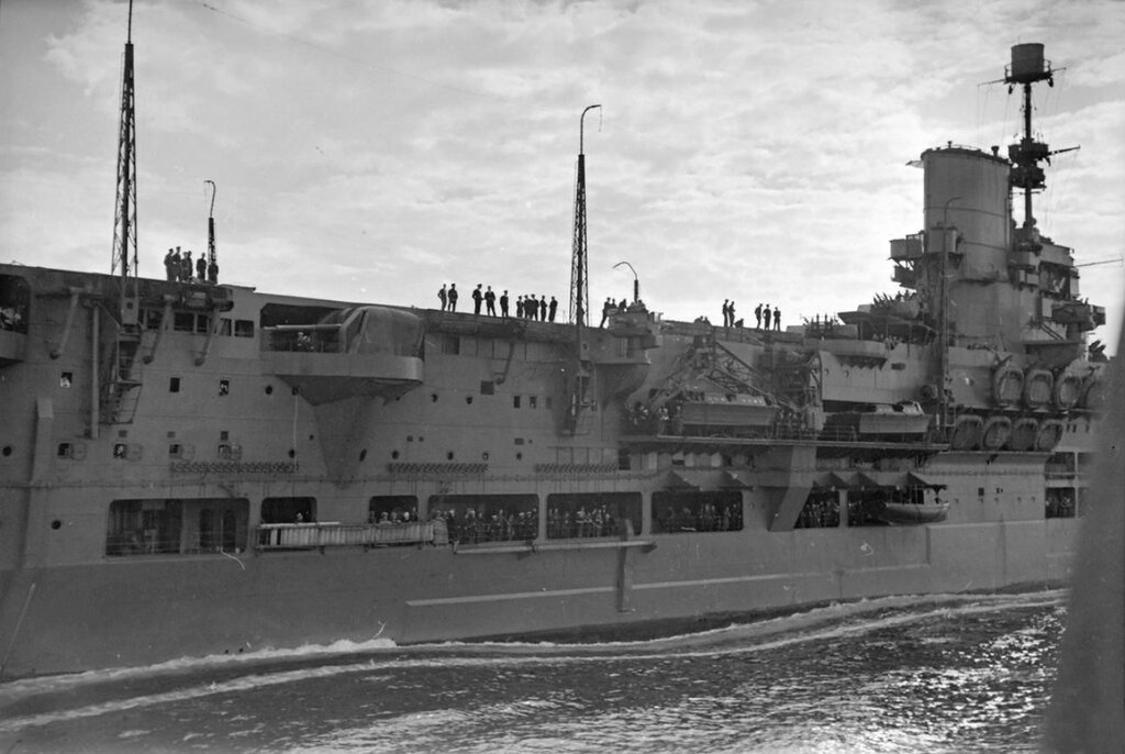 HMS Kelvin & HMS Ark Royal