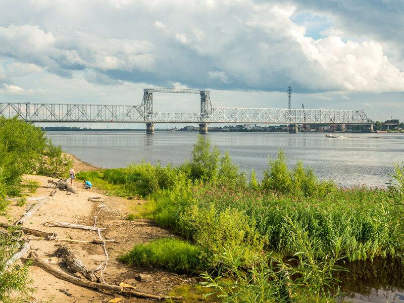 Вид на Северодвинский мост.