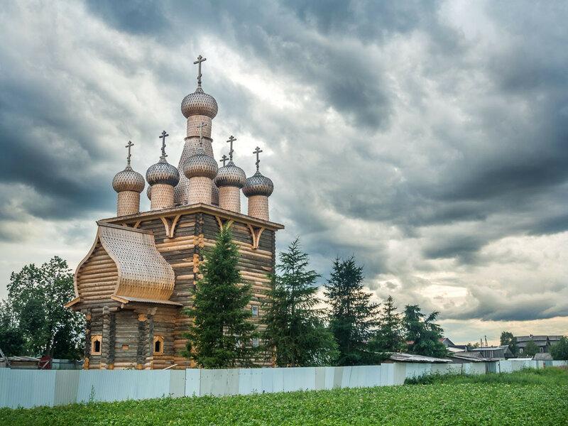 Храм Покрова Божией Матери, строился в 1686-1688 гг.