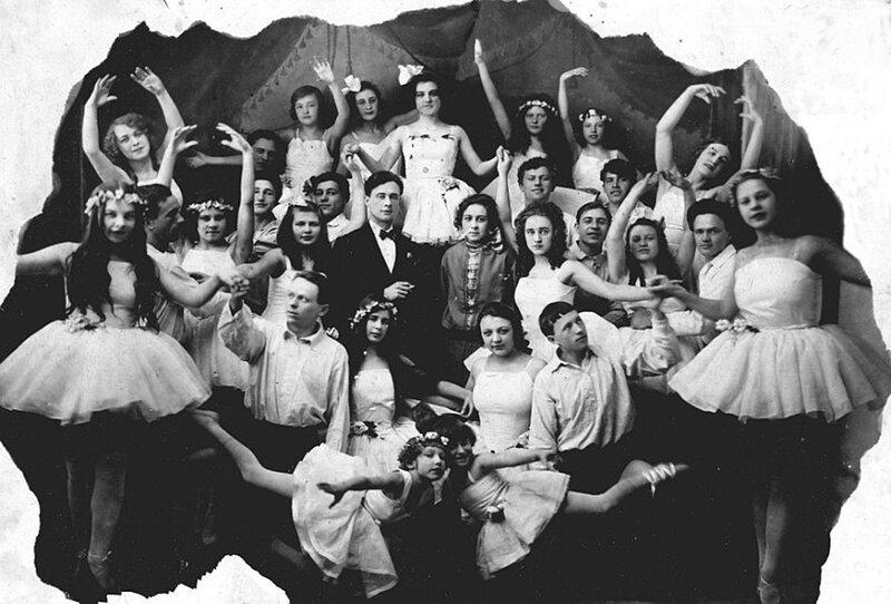 Балетная студия народного дома.