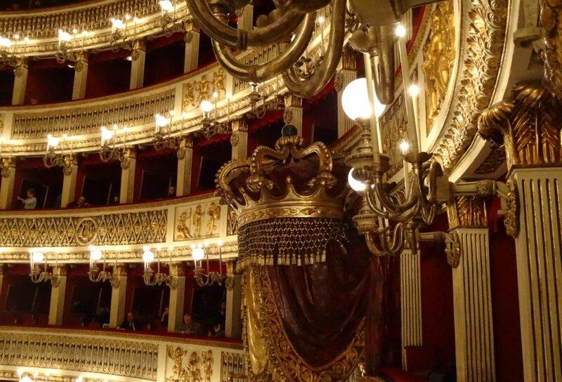 teatrosancarlonapoli3.jpg
