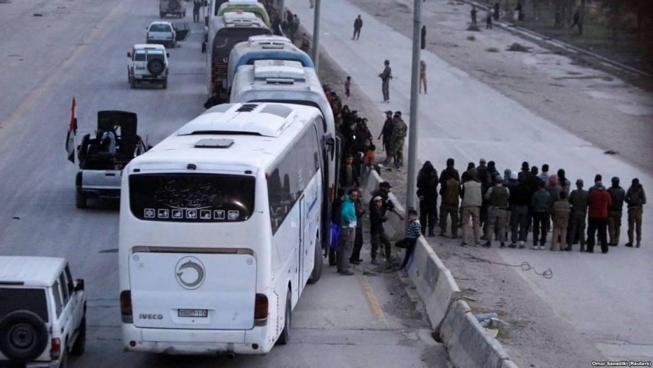 Сирия: очередные повстанцы покидают Восточную Гуту, правительство контролирует 90% территории