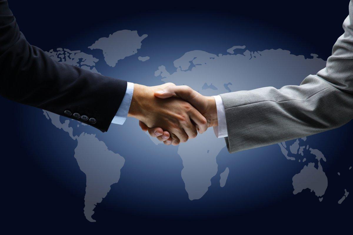Открытки. Международный день приветствий. Рукопожатия