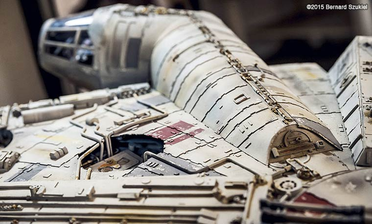 Building a huge Millennium Falcon with paper