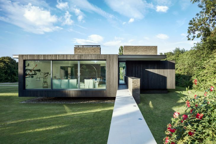 The Black House by AR Design Studio