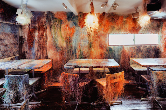 Yakitori Bar Adorned with Colored Cables (4 pics)