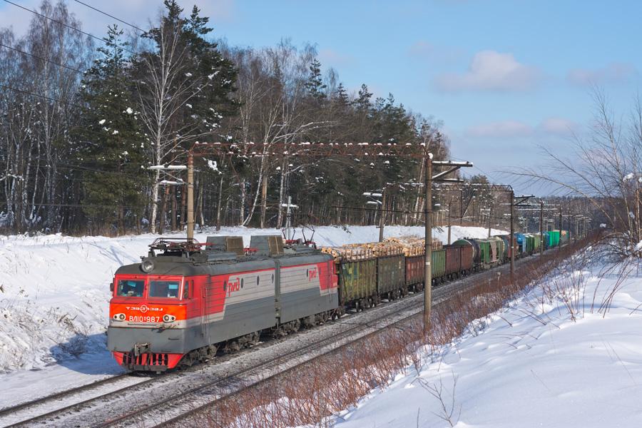 ВЛ10У-987 (4).jpg