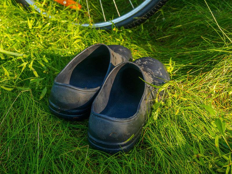 Незаменимая обувь для поездки по Карелии. Ботинки слишком долго сохнут.