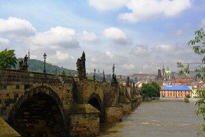Прага.У Карлова моста
