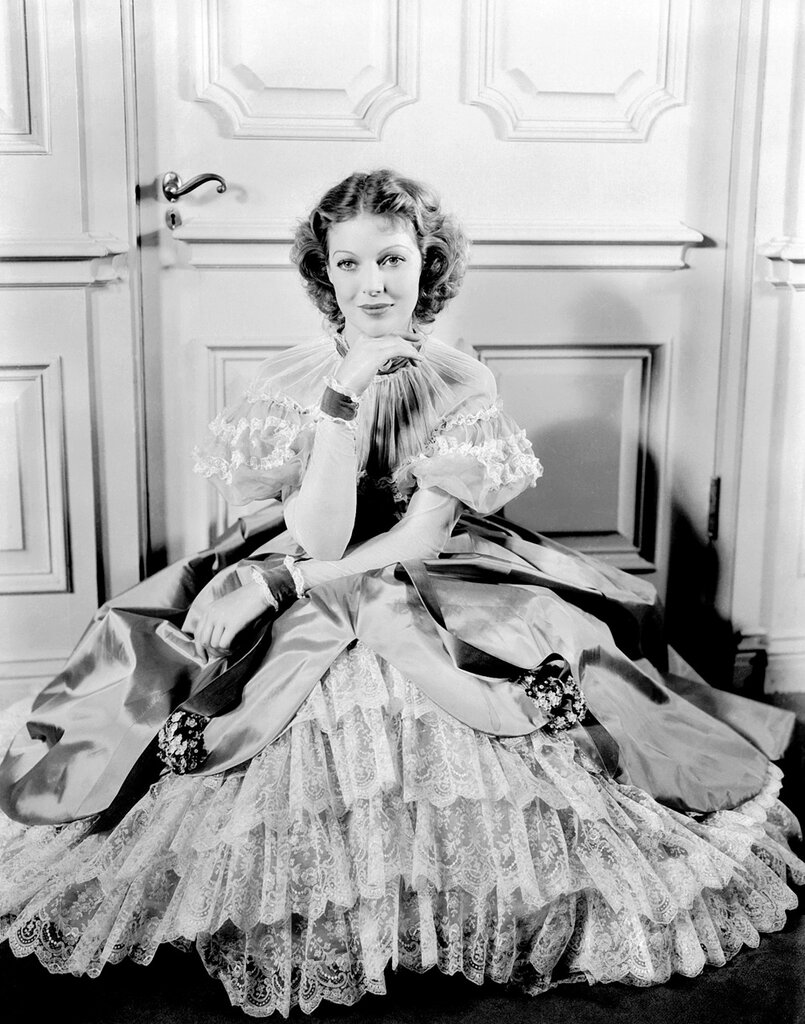 1934: American actress Loretta Young (1913 - 2000) in period costume for her role in 'Caravan'