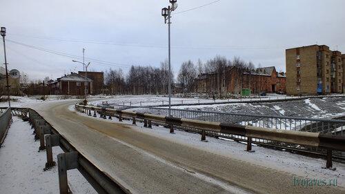 Фото города Инта №6189  Халеева 6 и Полярная 10 10.11.2013_13:28
