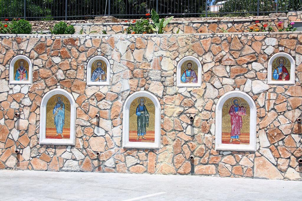 Храм Богородицы Айа Напа Кипр