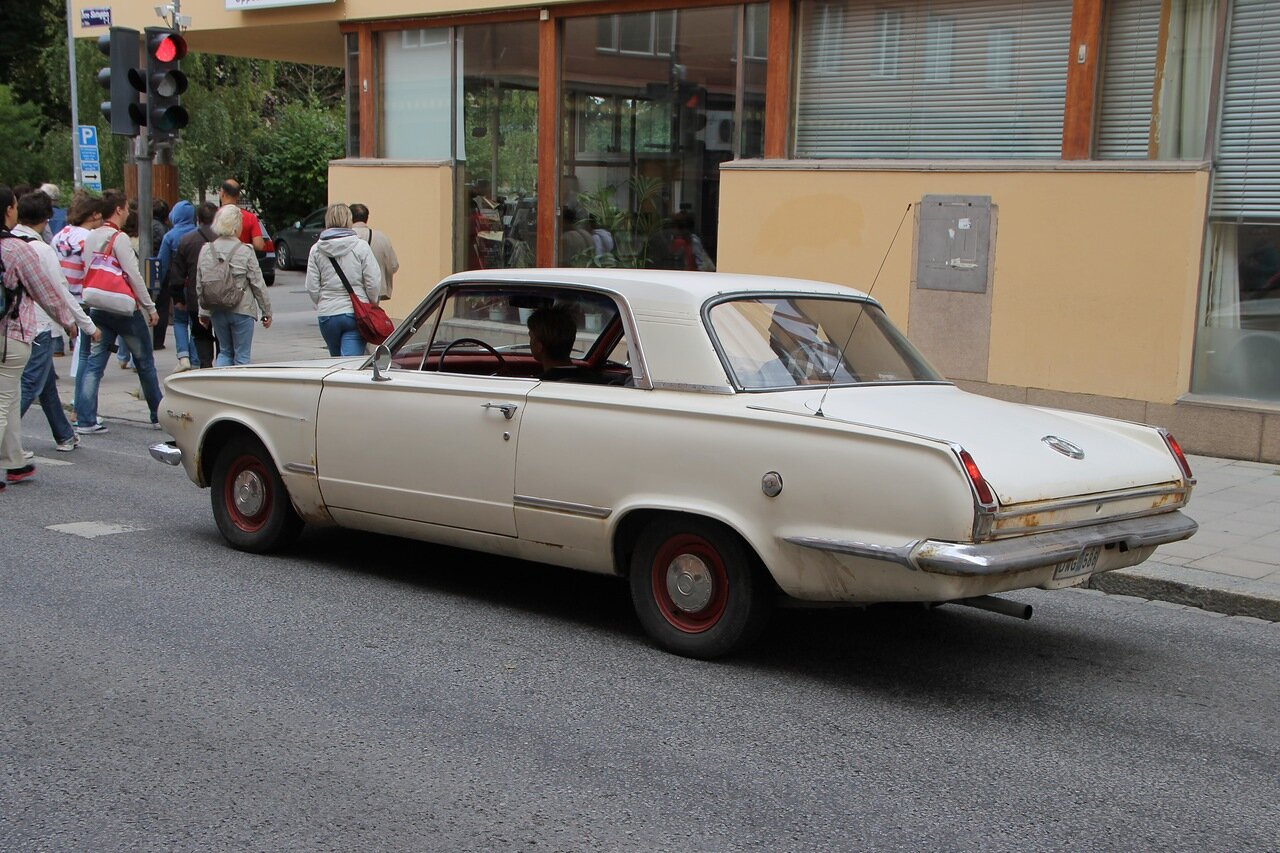 Уппсала. Uppsala. Автоклассика, Oldtimer. 1965 Plymouth Valiant