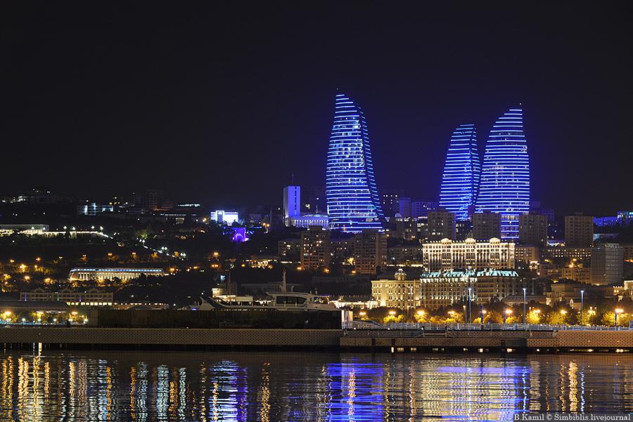 Башни Пламени в Баку
