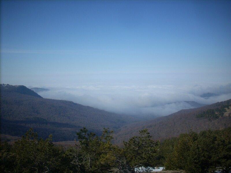 Туманная дымка на плато Бабуган-Яйла