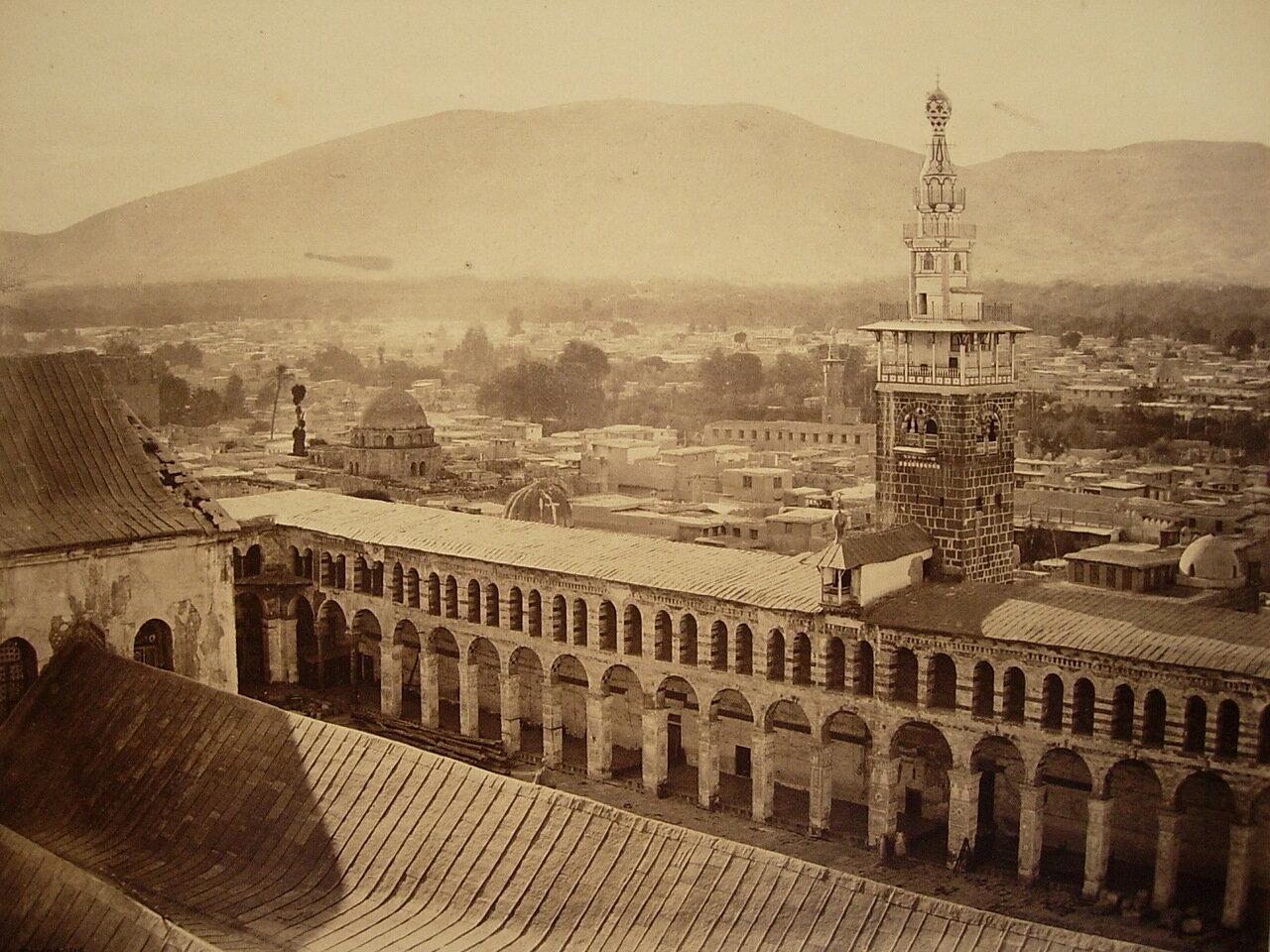 29 апреля 1862. Часть Великой Мечети от одного из минаретов. Дамаск