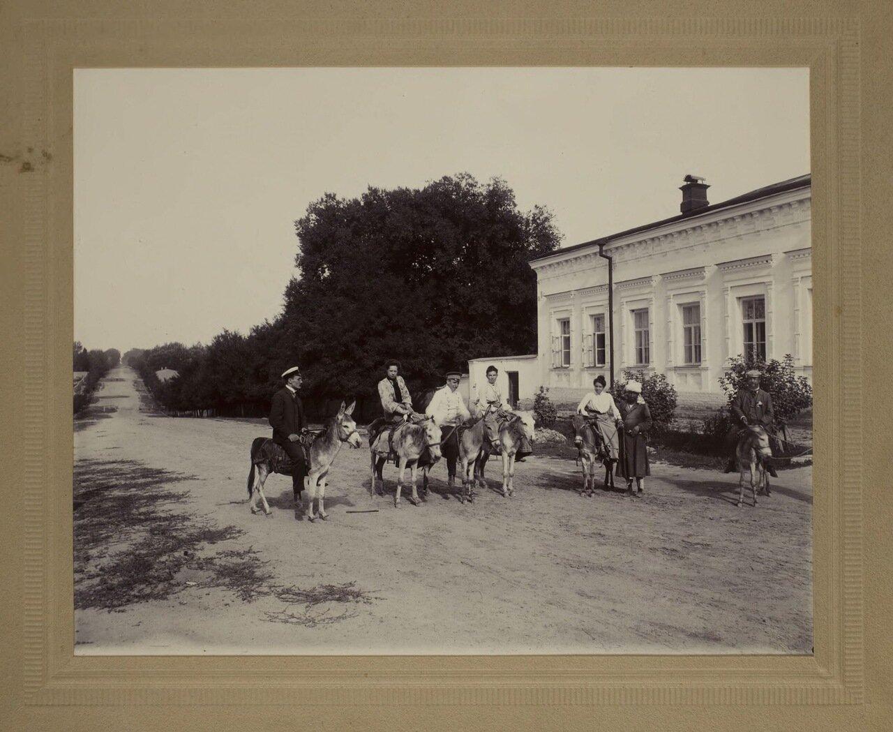 Попутчики с драгоманом, Самарканд 1900