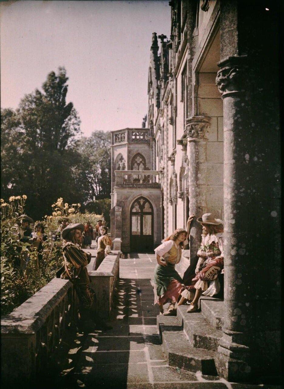 1907. Сцена со съемок исторического фильма