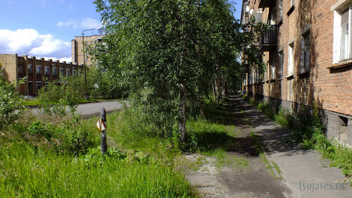 Фотография Инты №5105  Вид с западной стороны Дзержинского 4 14.07.2013_13:35