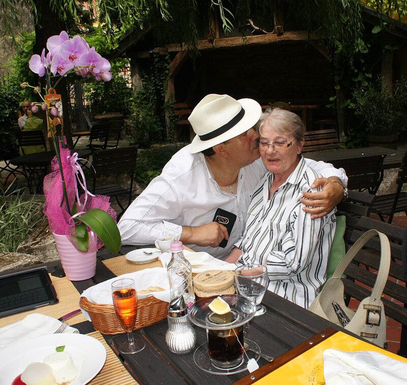 С Мари Тёрёчик. Венгрия, июль 2013.