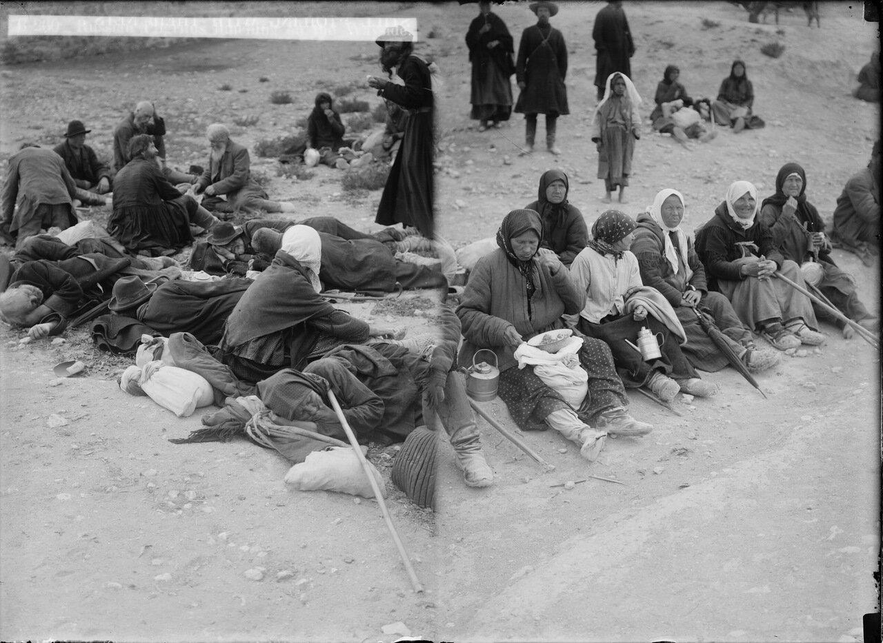 Русские паломники на реке Иордан