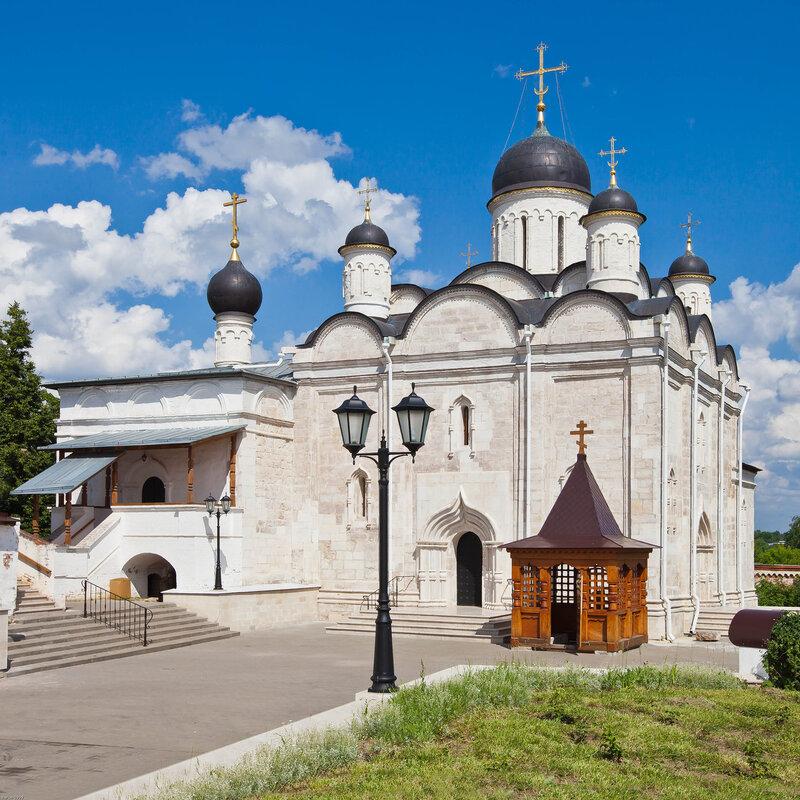 Введенский собор - Введенский Владычный монастырь