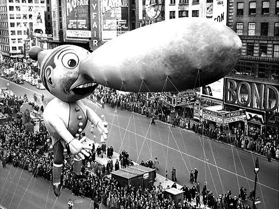 Everyone loves a parade1280.jpg