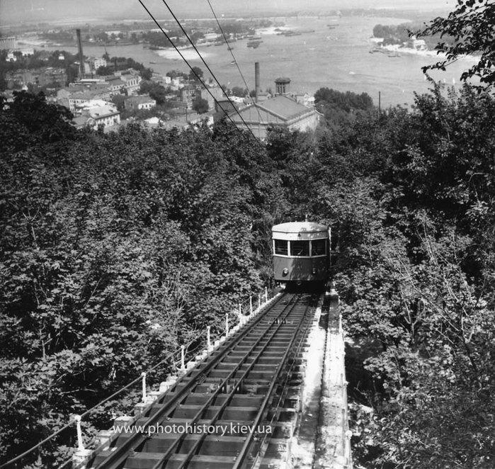 1956 Киев до реконструкции линии и замены вагонов.jpg