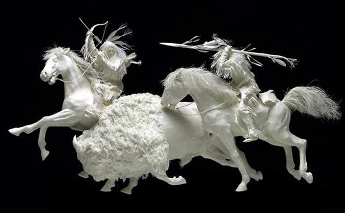 Удивительные скульптуры из бумажной массы 0 115b73 1a55922a orig