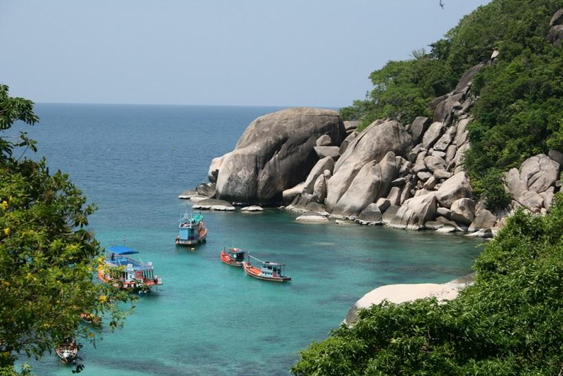 Фотографии 10 самых красивых островов мира 0 1382dd 71a09b92 orig