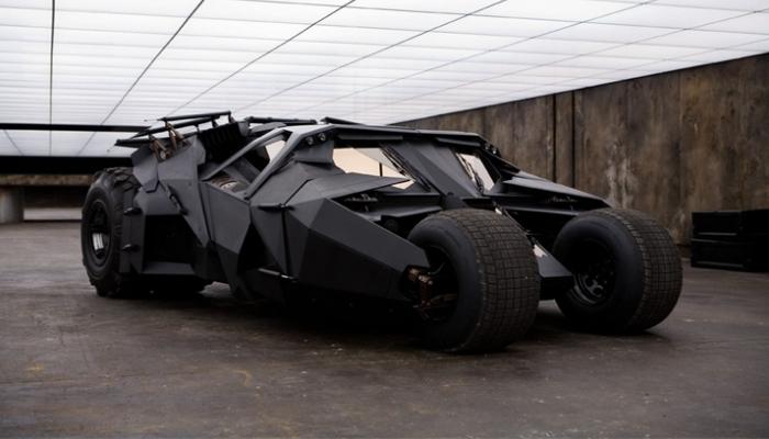 Хотя этот бронированный автомобиль был создан для фантастического фильма о Бэтмене «Темный рыца