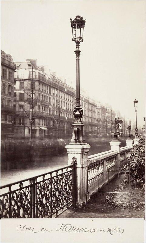 Газовый фонарь на площади Искусств и ремесел (старая модель). 1865
