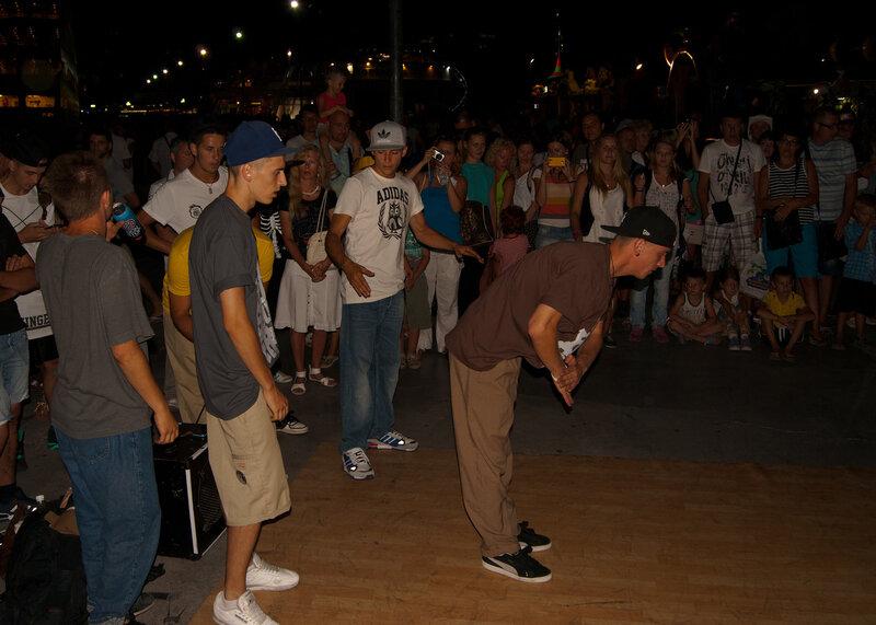 Ночные танцы