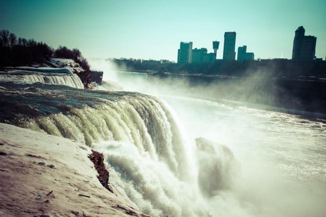 Ниагарский водопад, США Еще одна фантастическая возможность, которая кажется слишком невероя