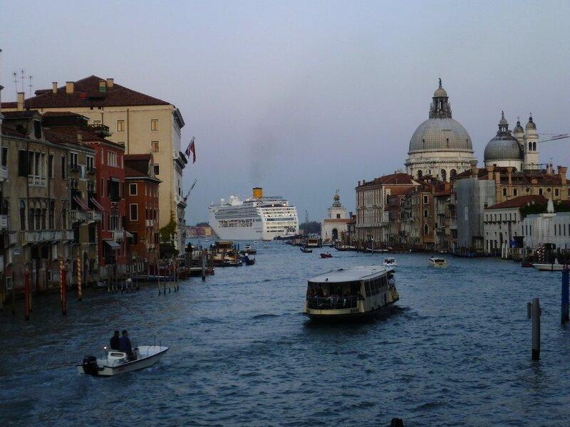 Италия. Венеция. Большие корабли. (Italy. Venice. Large ships)