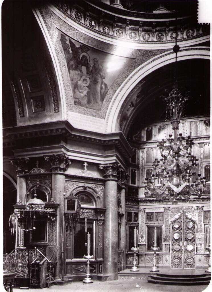 Интерьер Никольского храма