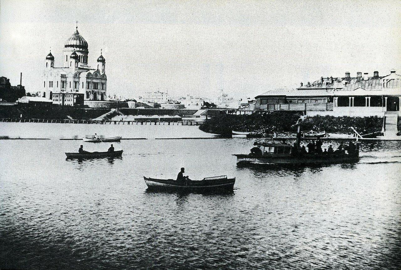 7677 Бабьегородская плотина и Храм Христа Спасителя нач. 1890-х.jpg