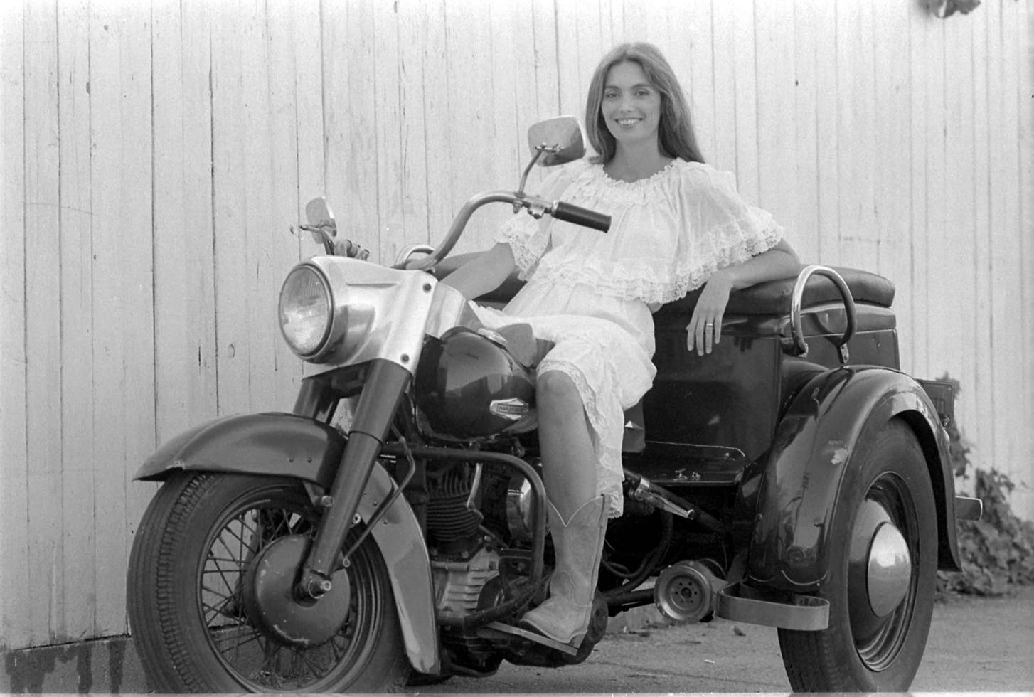 1970-е. Эммилу Харрис